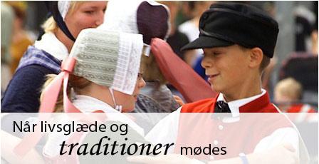 Folkedanserstævne i Klokkerholm