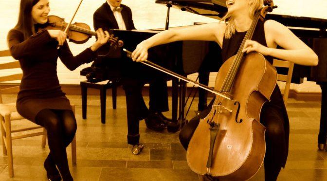 Korsbæk-trioen gæster Ørum Kirke